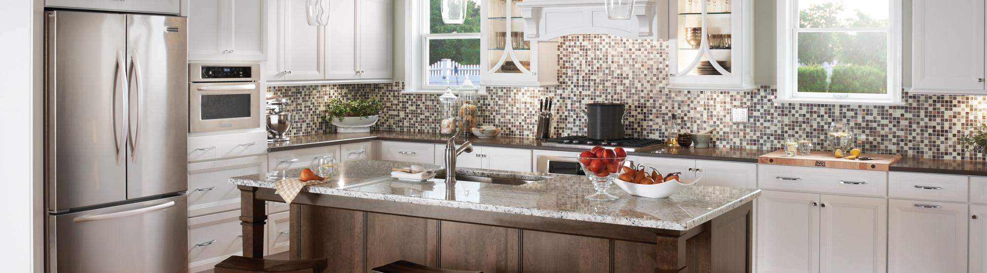 Monroe Maple White Icing Classic; Island Shown in Maple Eagle Rock Sable Glaze and Highlight