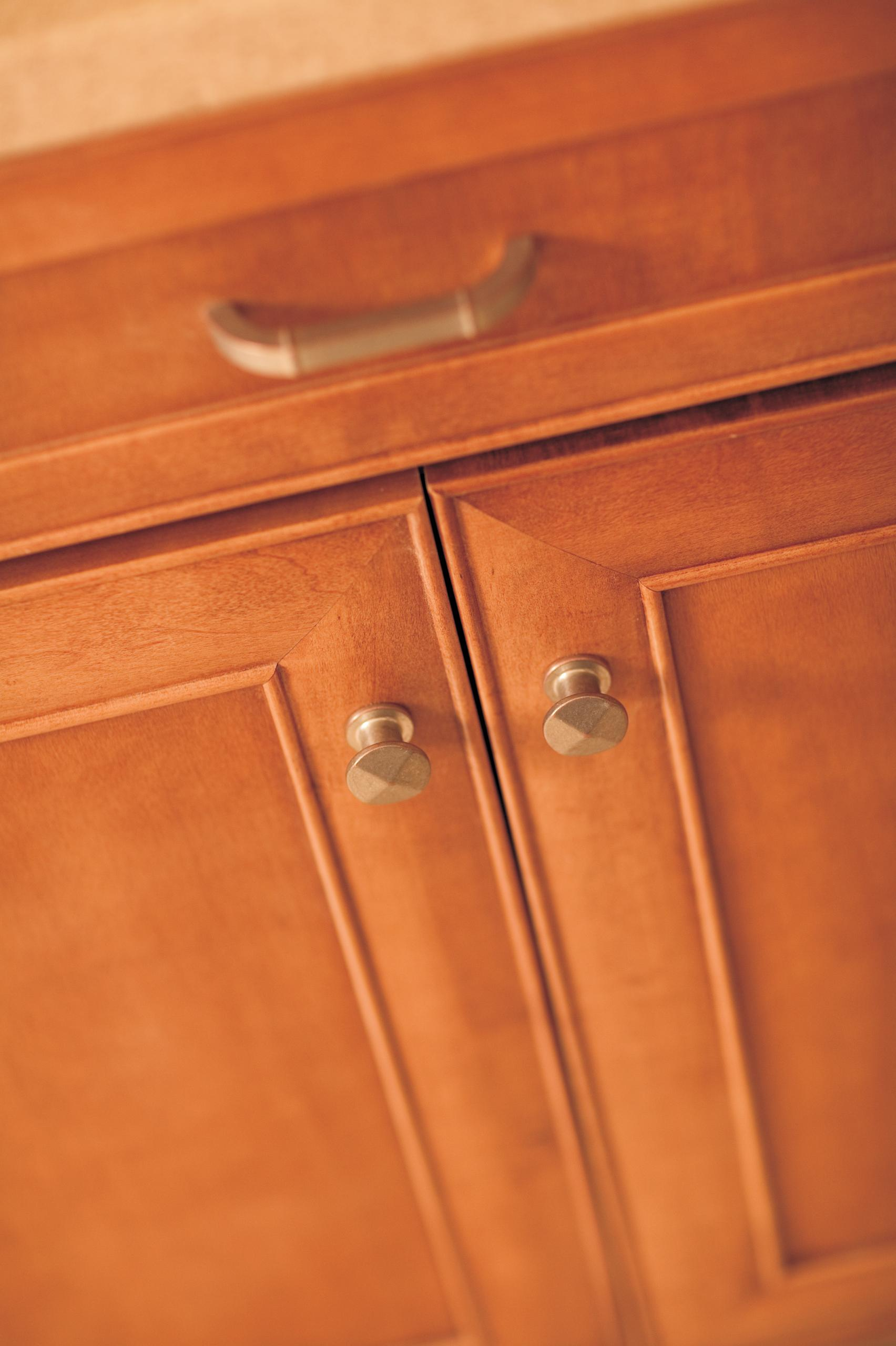 Lisbon Schuler Cabinetry At Lowes